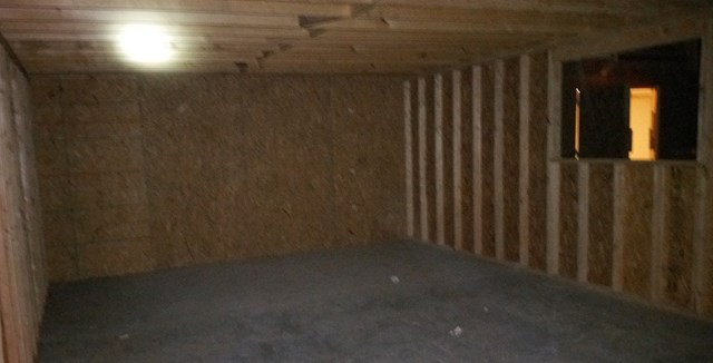 office/storage under loft